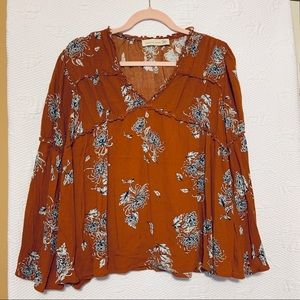 Magnolia south floral shirt size small